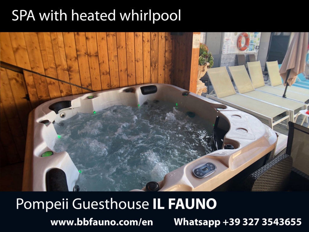Spa whirlpool tub Pompei