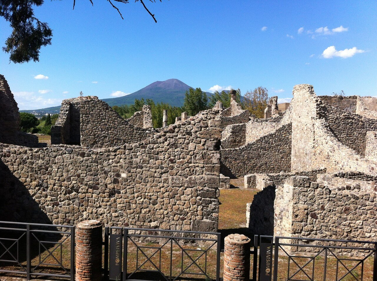 Pompeii And Herculaneum Excavations Open At Easter Book Your Holiday