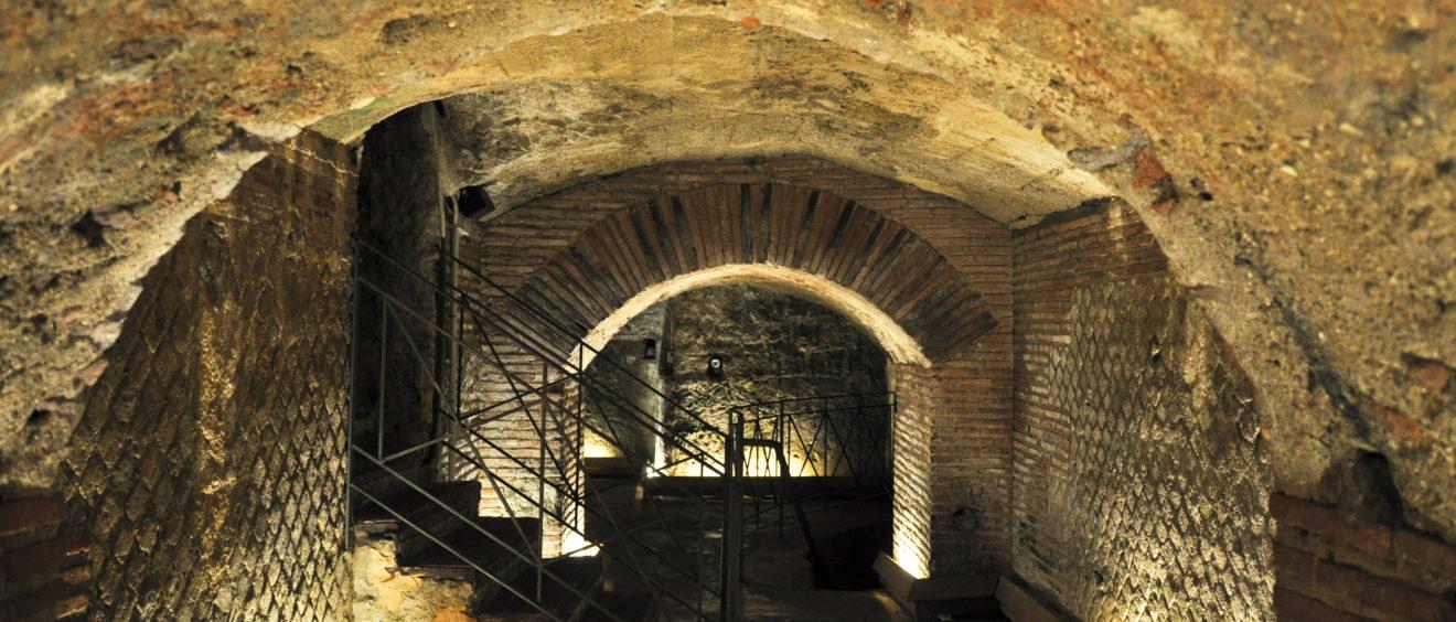 Naples souterraine