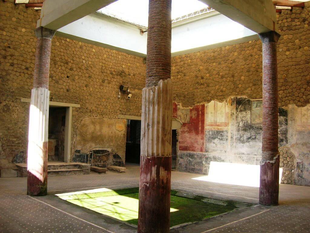 Fouilles archeologiques de stabia villa san marco h tel - Piscine san marco ...