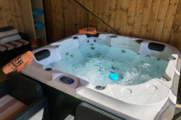 JACUZZI SPA mini-piscine