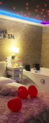 Suite Pompei avec Spa de Luxe Jacuzzi et Sauna