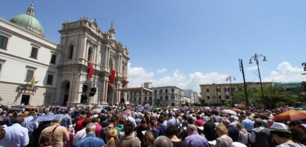 Pompei Supplica alla Madonna del Rosario