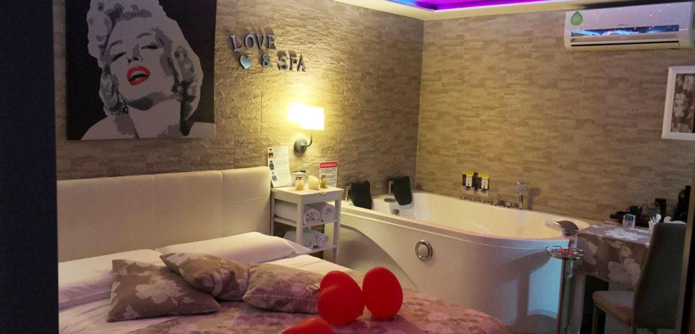 suite con spa privata sauna e idromassaggio
