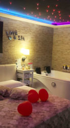 Pompei Suite con Spa Luxury Jacuzzi e Sauna