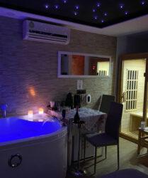 Pompei Suite con Spa Luxury Idromassaggio e Sauna